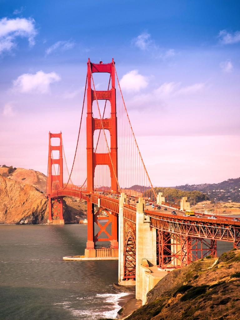 Golden Gate suspension Bridge in San Francisco, California