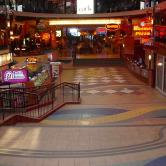 West Edmonton mall concourse
