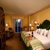 Portofino Bay room